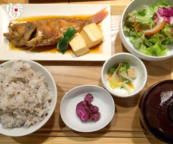 uo_lunch04